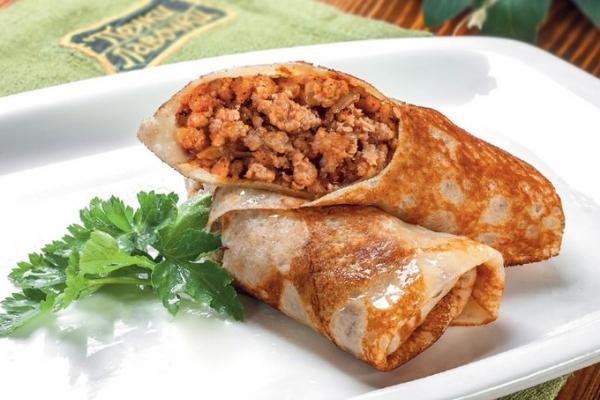 Блинчики фаршированные рисом и мясом