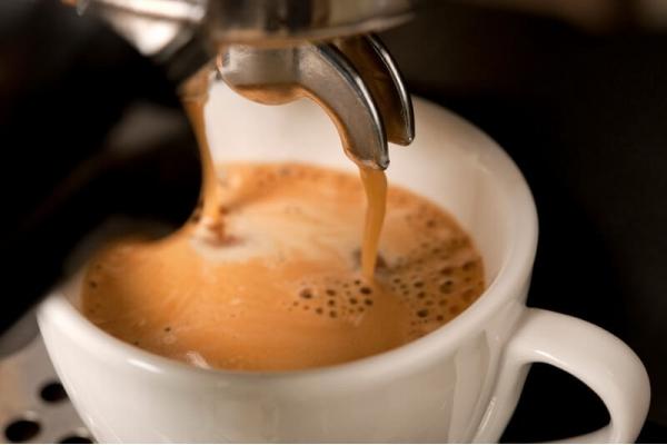 """Кофе """"Американо"""" со сливками"""