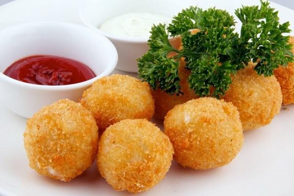 Сырные шарики фри